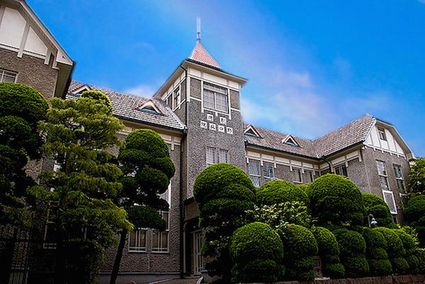 1922年創設の旧病院(登録有形文化財)